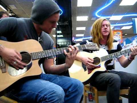We The Kings - Skyway Avenue (Acoustic) Lubbock Tx