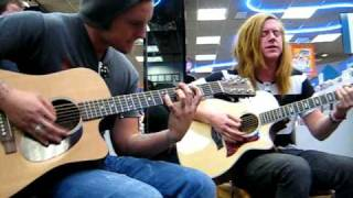 We The Kings - Skyway Avenue (Acoustic) Lubbock Tx
