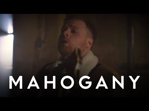 Tom Walker - Fly Away With Me | Mahogany Session