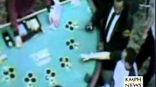 Video High guy tries to bet with their grass at the casino download MP3, 3GP, MP4, WEBM, AVI, FLV Maret 2018