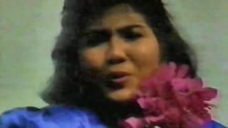 Download Lagu Rafika Duri - Asmara mp3