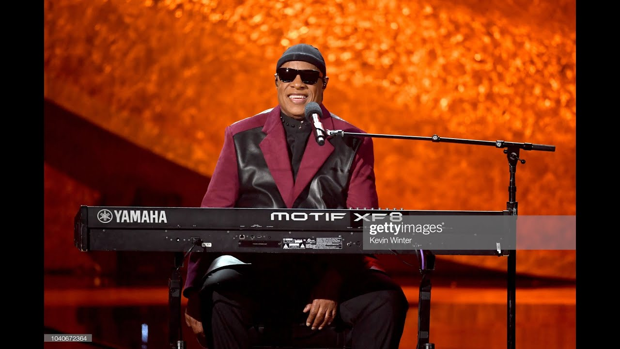 Stevie Wonder To Have Kidney Transplant, Take Break From Touring