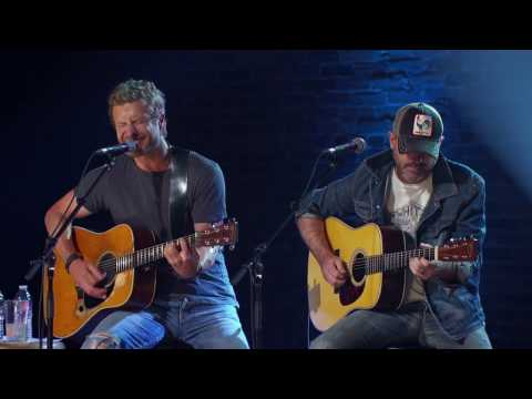 Dierks Bentley (Front And Center) - I Hold On  (Live Video)