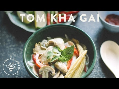 Tom Kha Gai – Thai Coconut Chicken Soup – HoneysuckleCatering