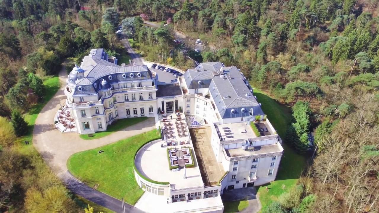 Hotel Chateau Mont Royal