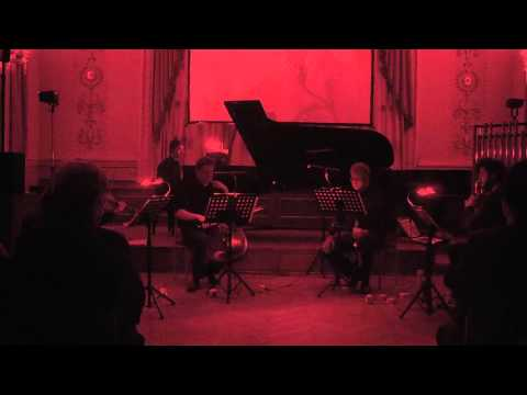 Alvin Lucier - Two circles - MCME