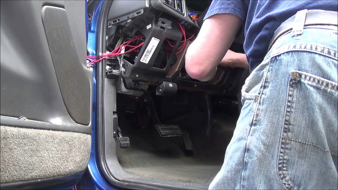 2003 Chevrolet Silverado Shift Cable Replacement How To 4l80e Youtube Chevy Linkage Diagram