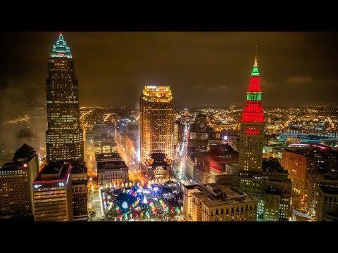 Light Up The Land - Holiday Light Displays in Cleveland