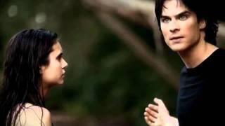 3.02 (КВК) Деймон вытаскивает Елену из озера