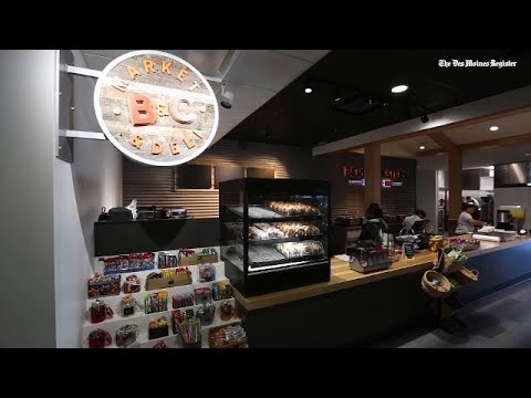 Check out the new food options at the Des Moines International Airport