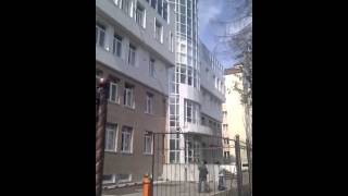 Мойка окна (ул.Антона Буюклы 6 в Южно-сахалинске).flv