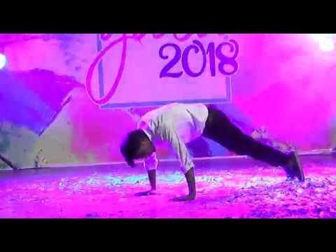 pakistani-student-unbelievable-romantic-dance-/-dont-miss-to-watch-/-india-pakistan-got-talent