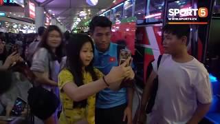 U23 Việt Nam khiến sân bay Tân Sơn Nhất