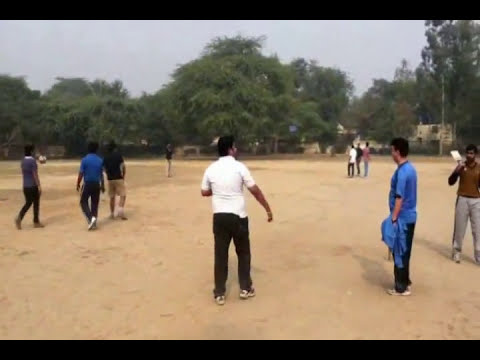 My Cricket Commentary in Hindi