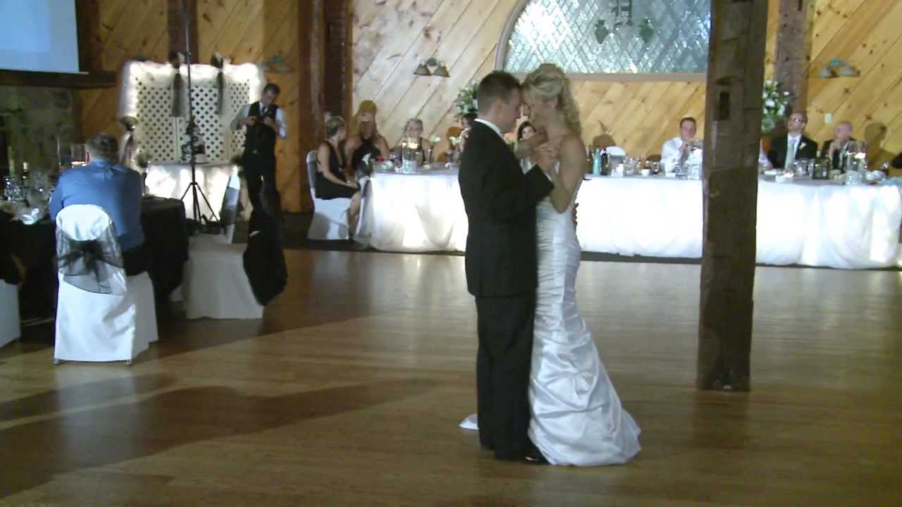 First Dance Of A Wedding Reception At Hernder Estate Wines St Catharines Ontario Videography