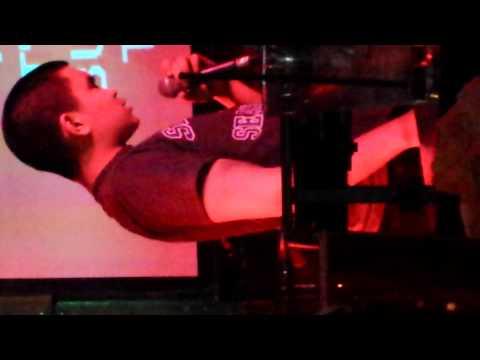 Ping pong karaoke