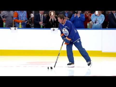 Wayne Gretzky skates at Rogers Place