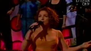 Gloria Estefan - Como Me Duele Perderte (Live on The Tonight Show 2000)