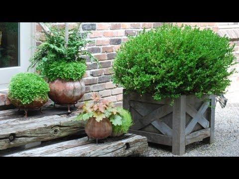 видео: Садовые горшки для цветов