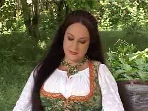 """Maria Dragomiroiu – """" Ti -am pus iubirea la picioare """""""