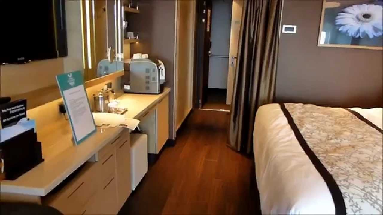 Norwegian Breakaway Balcony spa suite cabin - www.cruisereiziger ...