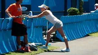 Australian Open: Players getting stretchy - 2014 Australian Open