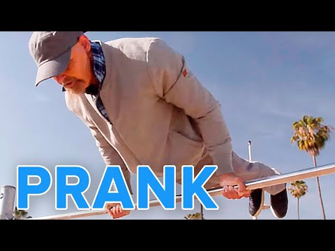Thumbnail: Old Man Street Workout Prank | Muscle Madness