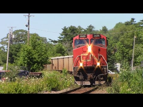CN Gypsum Train 511 at Waverley, NS (Aug 9, 2016)