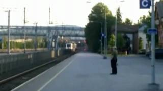 Strange Pendolino movements in Jyvaskyla (Finland)