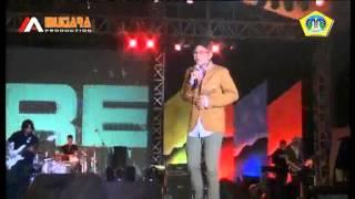 Ungu Dia Maha Sempurna - live Gresik 2014