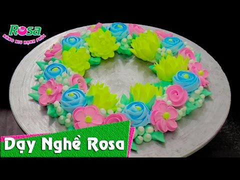 Trang trí bánh kem sinh nhật bố cục hoa Hàn Quốc với bộ đui thông dụng