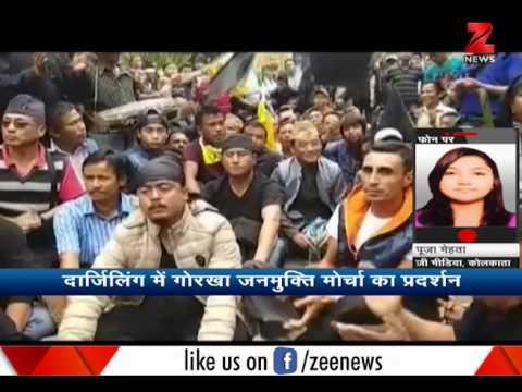 Tourists stuck in Darjeeling due to Gorkha Janmukti Morcha