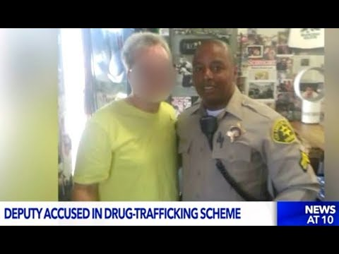 LA Cop Charged With Selling Drugs & Protecting Drug Dealers.