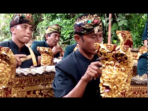 Gamelan sasak sakra lombok timur