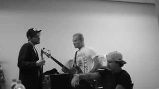 "Watch Red Hot Chili Peppers rehearse ""The Adventures Of Rain Dance ..."