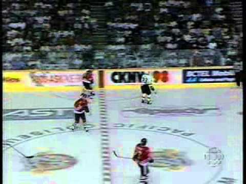 NHL 1995, Game 3 - Chicago Blackhawks vs Vancouver Canucks