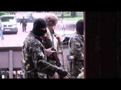 Raw: Pro-Russian Insurgents Occupy Gov. Building