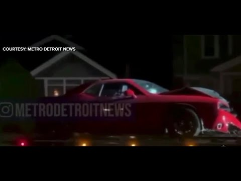 Download Detroit police officer in trouble after being found in stolen Challenger