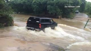 #CAUGHTONCAMERA: Texas driver swept away trying to pass flooded road