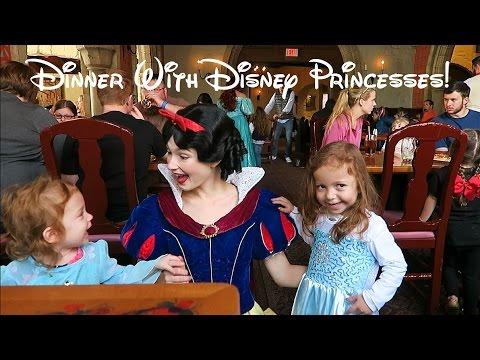 Dining with Disney Princesses at Akershus Royal Banquet Hall 2017!