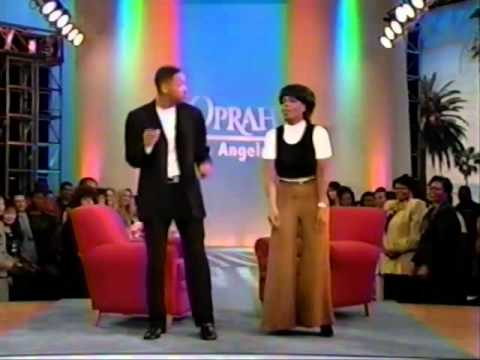 Will Smith teaches Oprah how to do the Men In Black Dance Late 90s