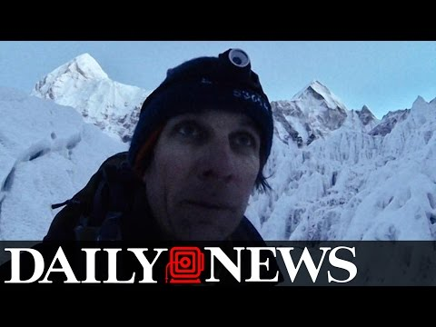 Man Kicked Off Mount Everest For Not Paying Climb Fee