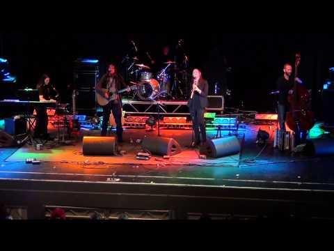Thea Gilmore@Great British Folk Festival 2012