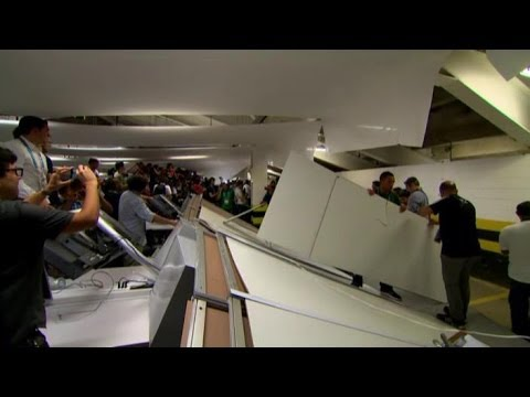 World Cup 2014 - Chile Fans Storm & Trash Maracana Press Centre In Bid To Sneak Into Stadium