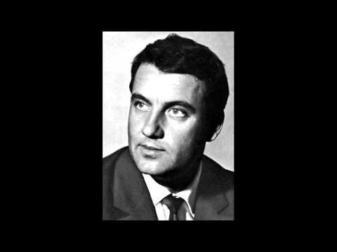 """Nicolai Ghiaurov sings """"Le veau d'or"""" (Gounod: Faust)"""