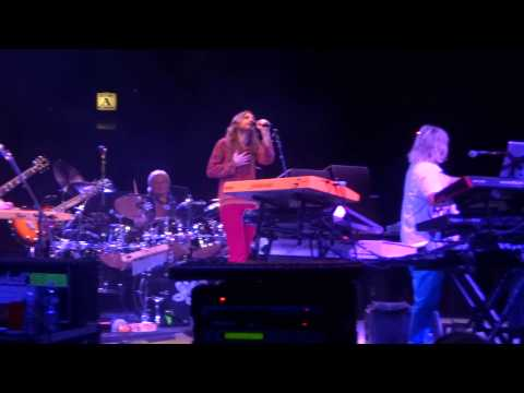 Yes - And You and I Live Front Row 1080p @ Westbury Music Fair NYCB Theatre at Westbury