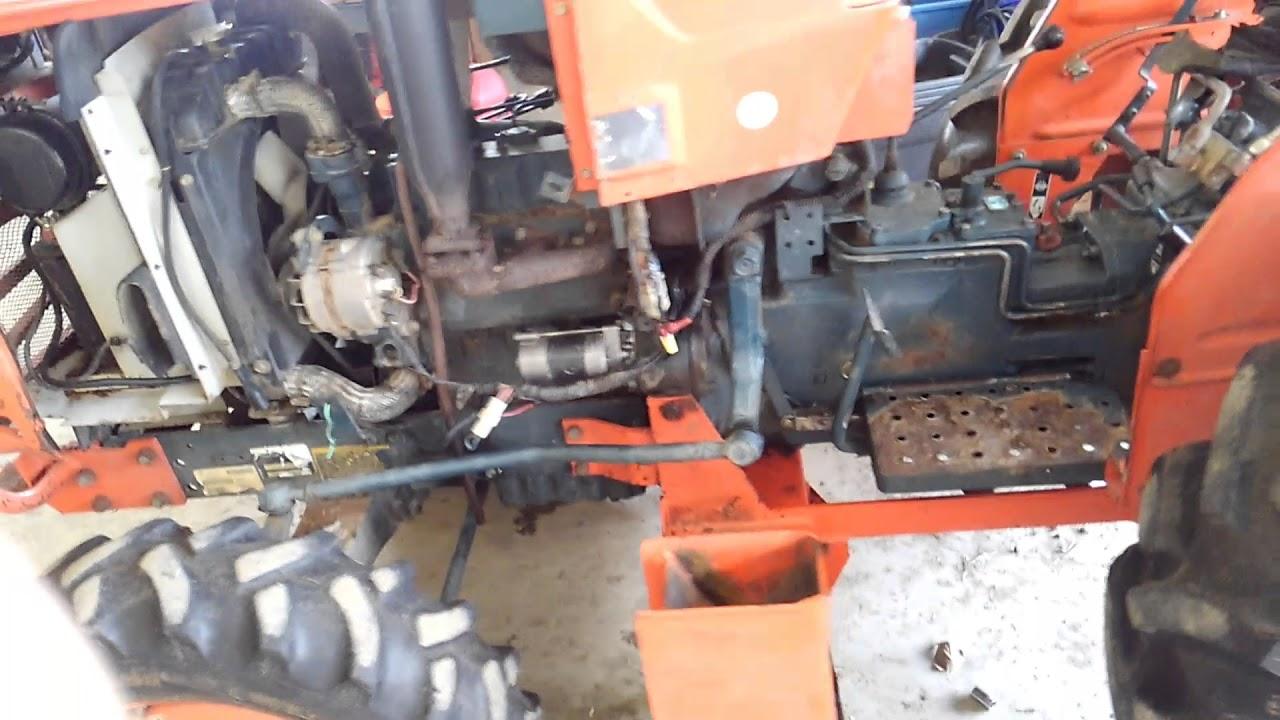 Kubota 2350DT Splitting Tractor and Clutch Repair