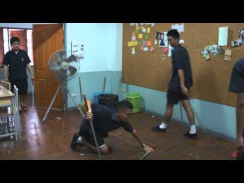 ฟันดาบวิชาพละ โรงเรียนบดินทรเดชา1