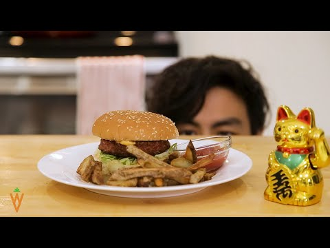 The Vegan BIG MAC with BEYOND MEAT BURGER!!!
