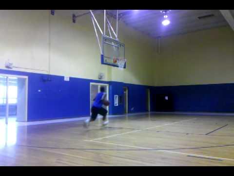 Aaronde Williams dunk